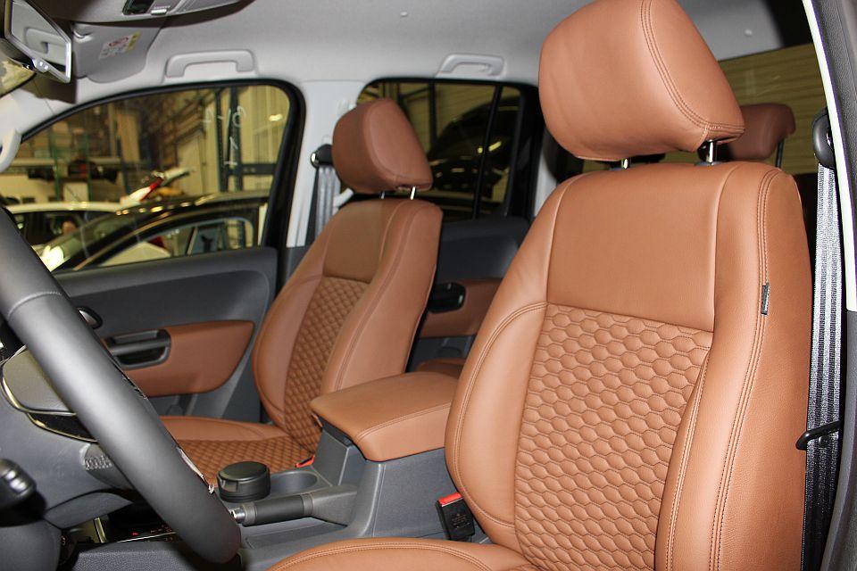 Volkswagen amarok lederen autobekleding - Lederen bekleding ...